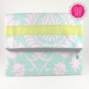 shine your heart mint to be pink clutch