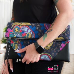 Oversized Cosmo Clutch Picasso Parrot